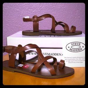 NIB Steve Madden Cognac Leather Sandals